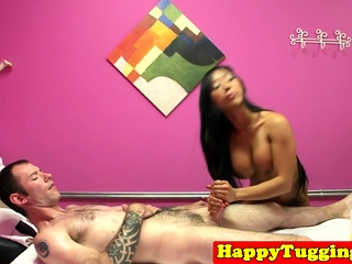 Faketit asian masseuse cockriding her buyer