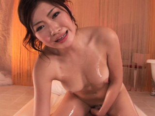 Asian babe gets dp'd in this super hot threeway