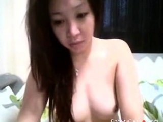 Titillating Pinay plays not far from me