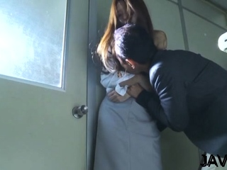 Arch eastern Manami Suzuki gets body caressed to a great extent
