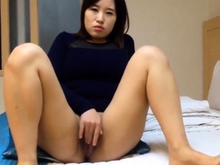 Really Beautiful Korean girl's juicy pussy and sex