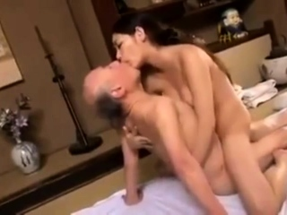 Young Babe Fucks Old Hairy Man Telsev